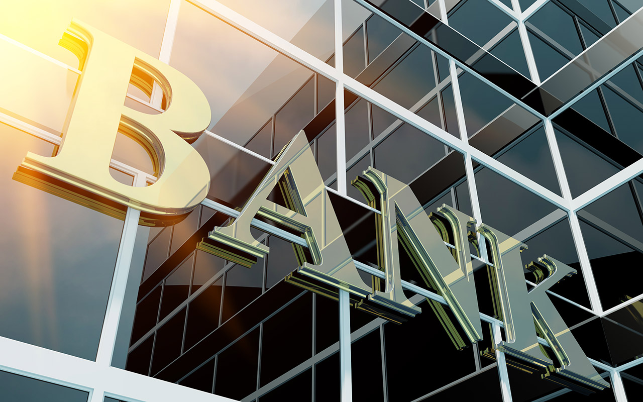 Build It or Buy It: How Best to Start a New Bank Today