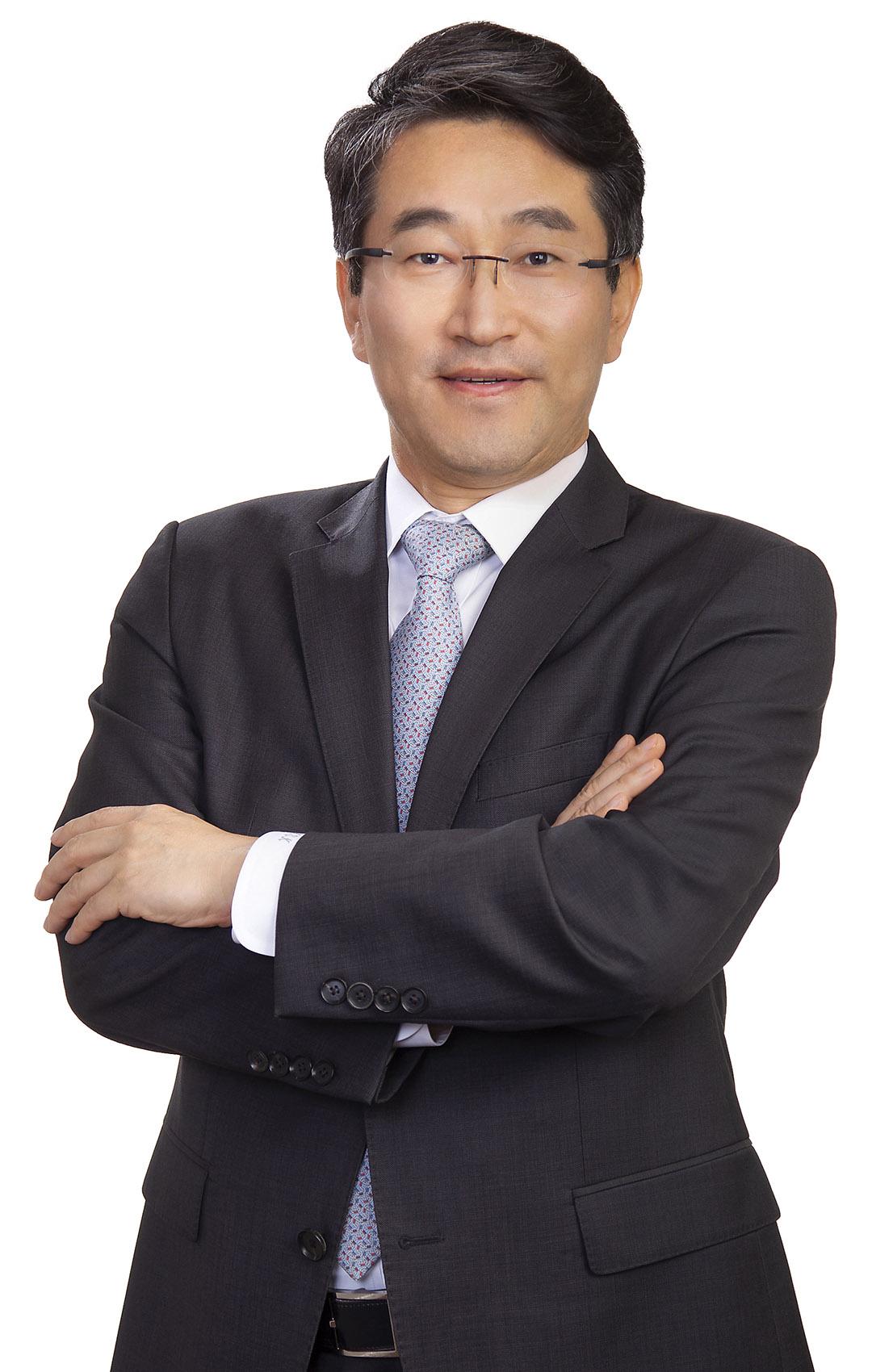 Kongsik Kim